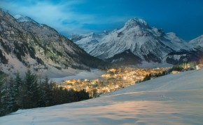 Ski Chalets in Lech - Image Credit:Shutterstock