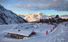 Ski Chalets in Les Arcs: 2000 - Image Credit:Shutterstock